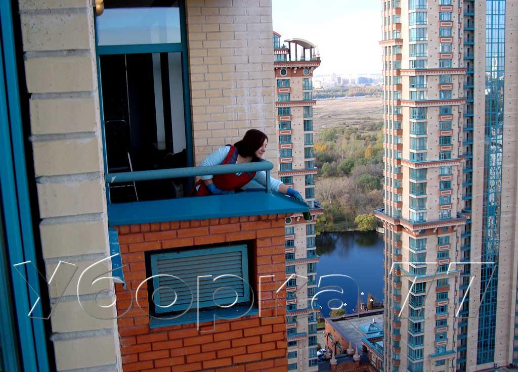 Фото: моем окна, балконы. клінінгові послуги, прибирання, до.